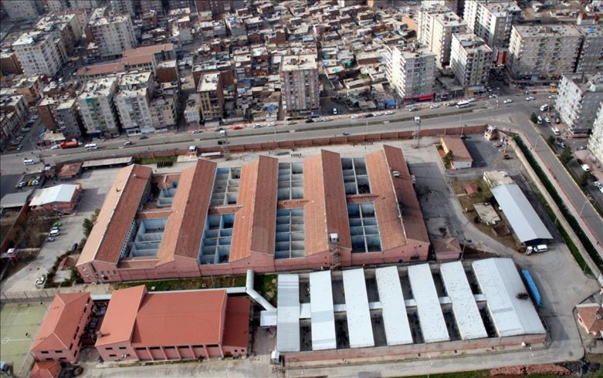 Cumhurbaşkanı Erdoğan: Diyarbakır Cezaevi ni kültür merkezi olarak hizmete sunacağız #2
