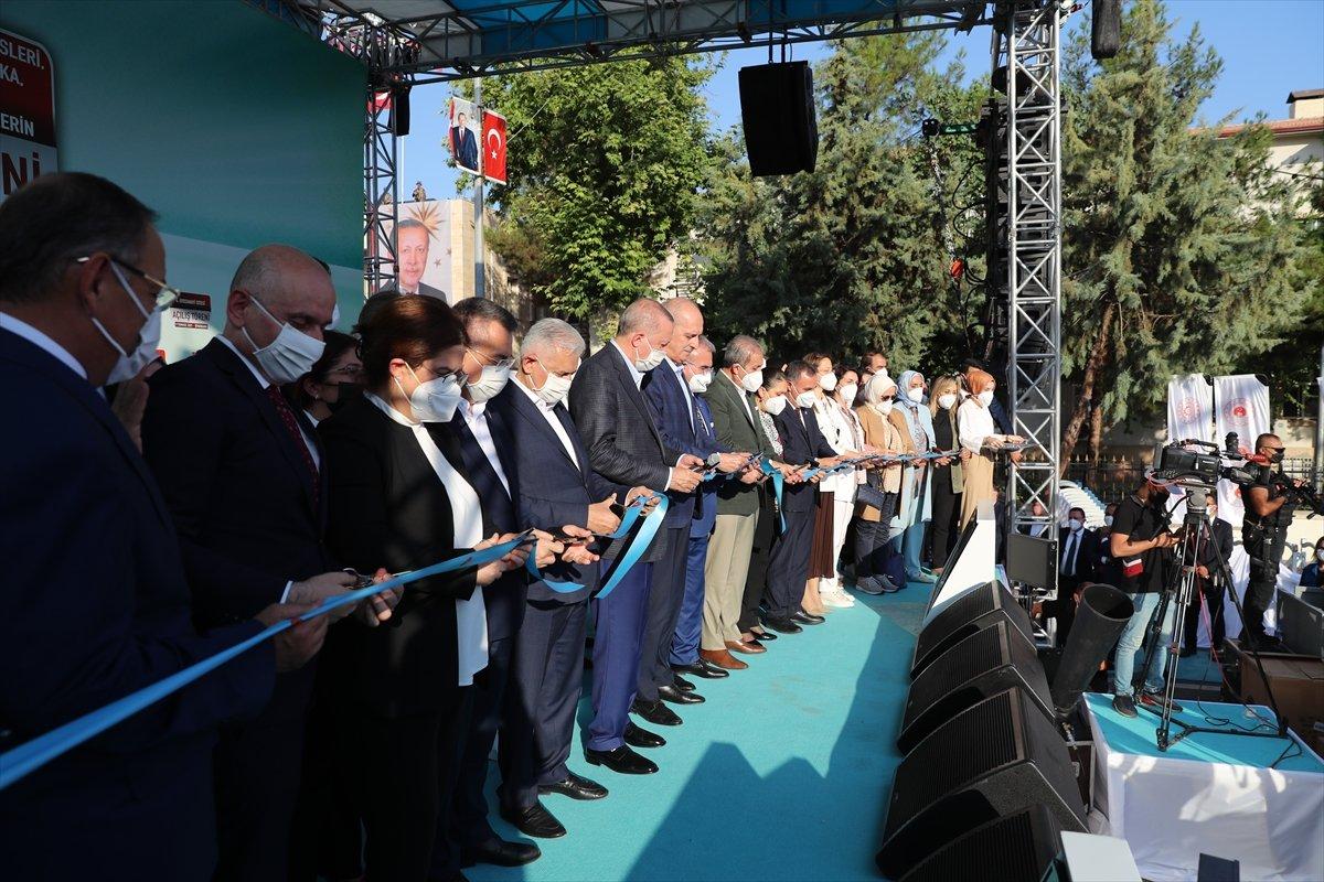 Cumhurbaşkanı Erdoğan, Diyarbakır da tamamlanan tesislerin açılış törenine katıldı #9
