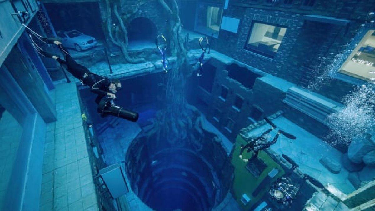 Dubai de dünyanın en derin havuzu açıldı #2