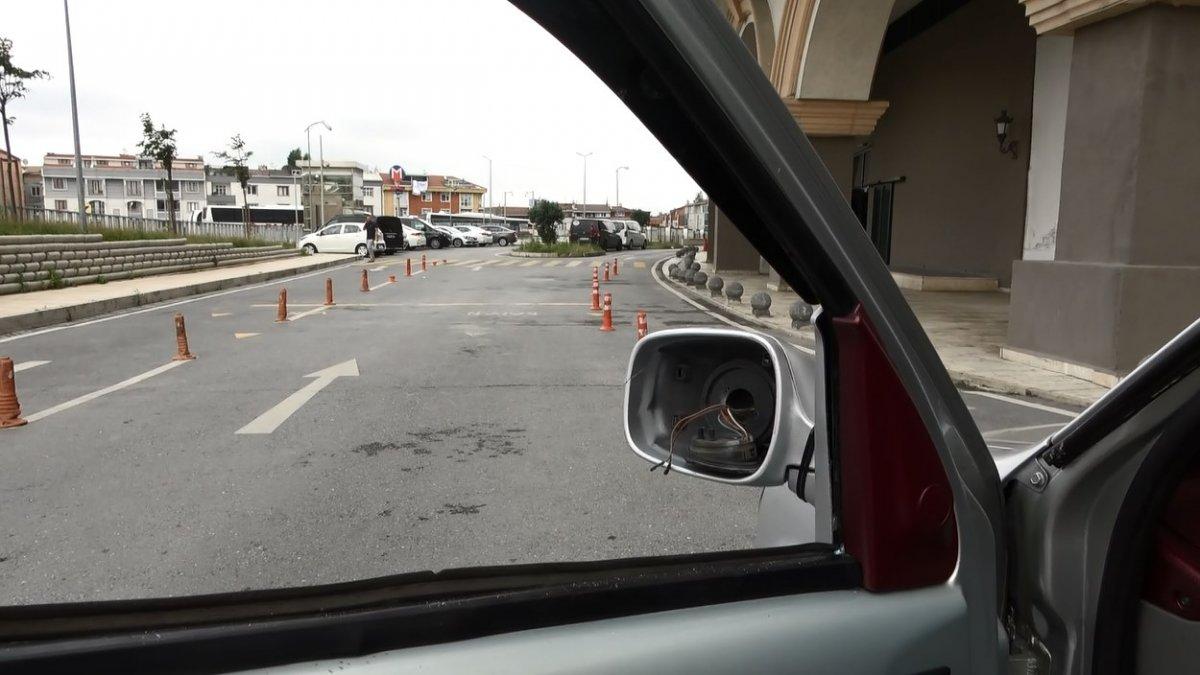 Sultangazi de yol verme kavgası: Kazma ile saldırdı #7