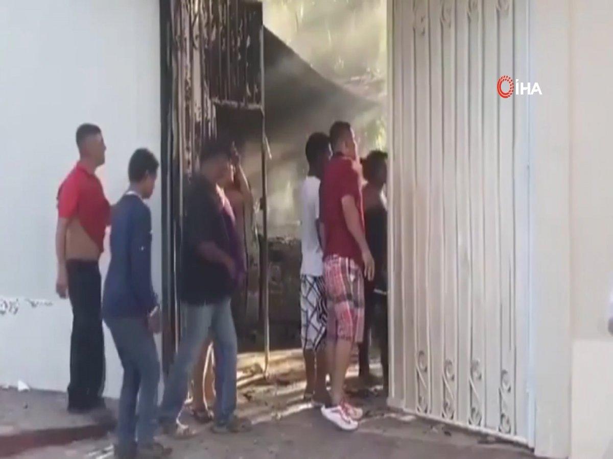 Honduras'ta 600 kişilik grup, 1 İtalyan vatandaşına saldırdı  #3
