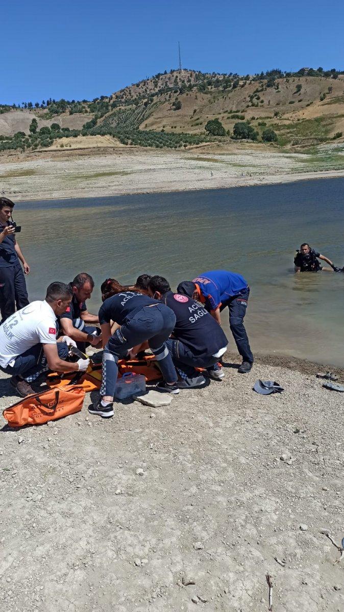 Kahramanmaraş ta göle düşen baba ve oğlu boğuldu  #1