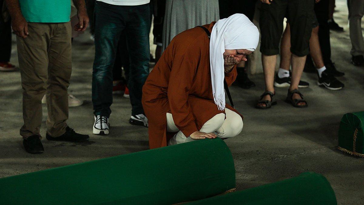 Srebrenitsa da soykırım kurbanı 19 kişi daha defin için hazırlandı #18