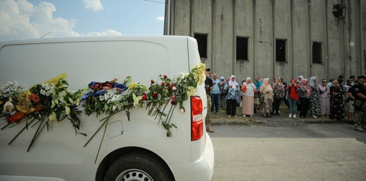Srebrenitsa da soykırım kurbanı 19 kişi daha defin için hazırlandı #6