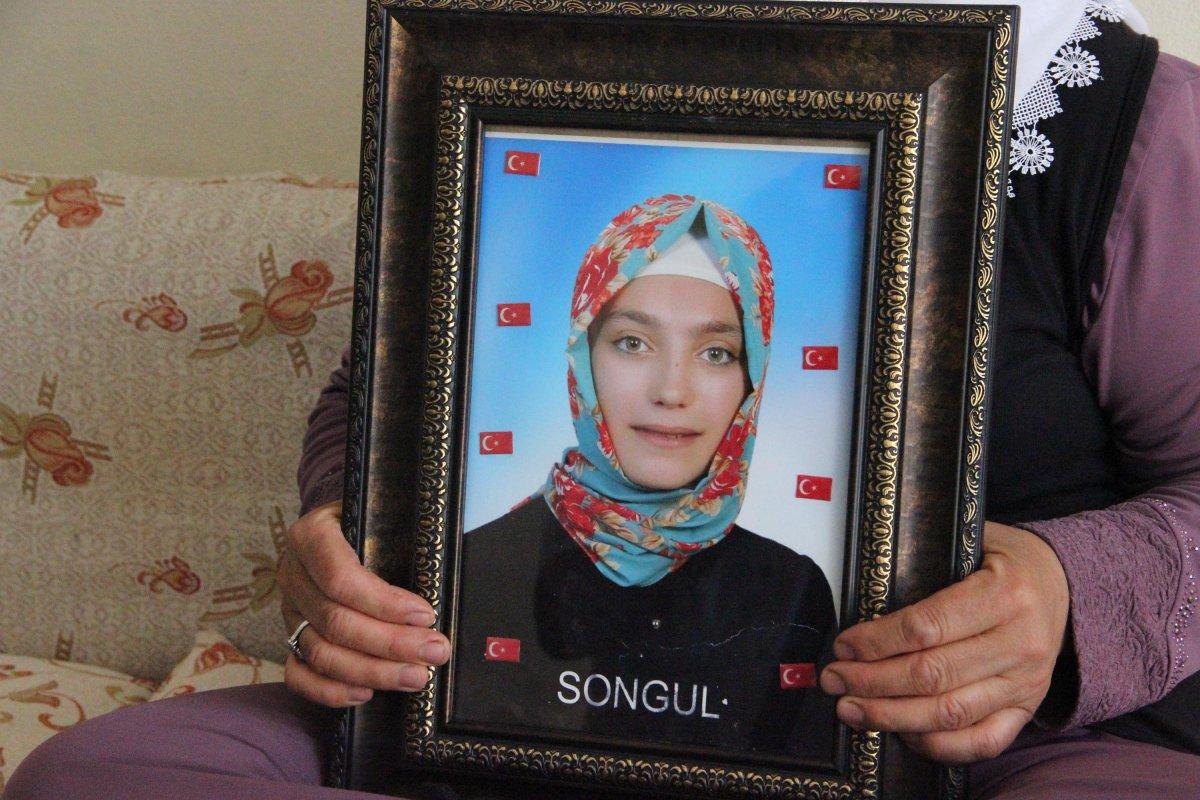 Diyarbakır annesi Fatma Akkuş: Mutlu haberi Cumhurbaşkanı Erdoğan dan aldım #2
