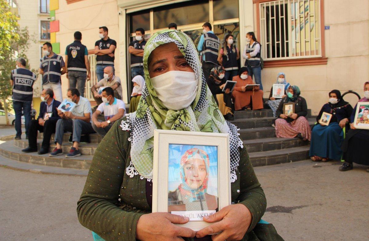 Diyarbakır annesi Fatma Akkuş: Mutlu haberi Cumhurbaşkanı Erdoğan dan aldım #1