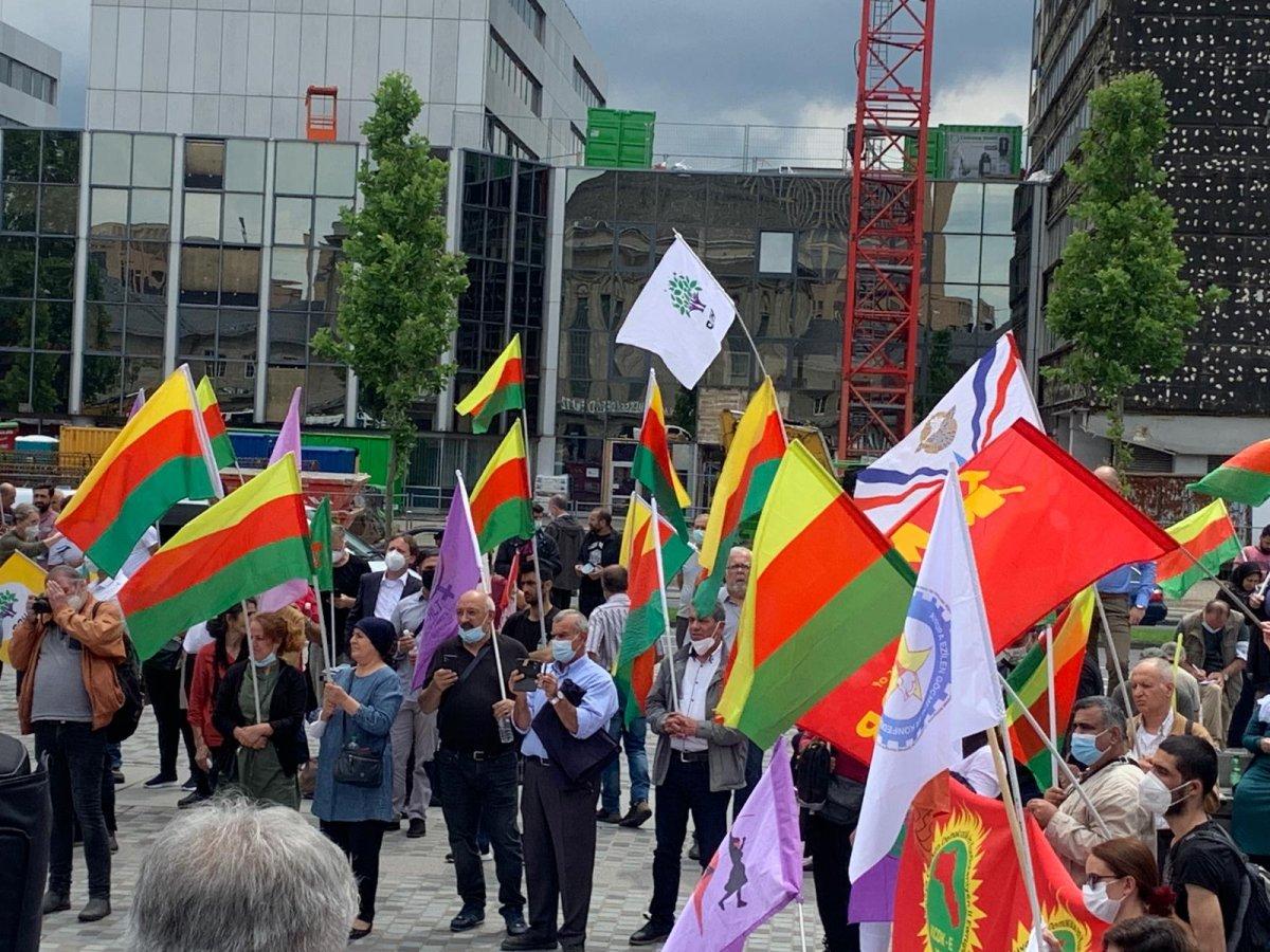Almanya da PKK destekçileri Alman polisini protesto etti #1