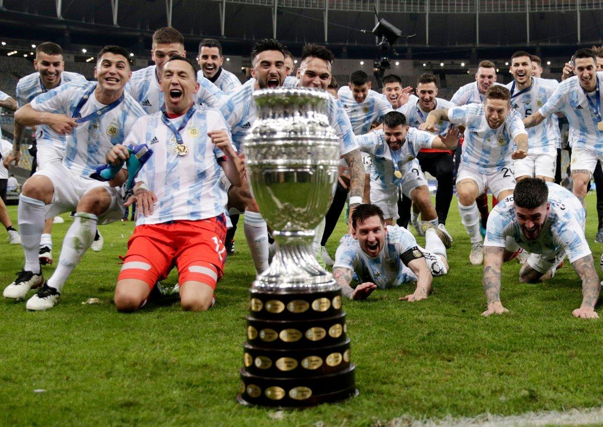 Brezilya yı yenen Arjantin, Kupa Amerika yı kazandı #11