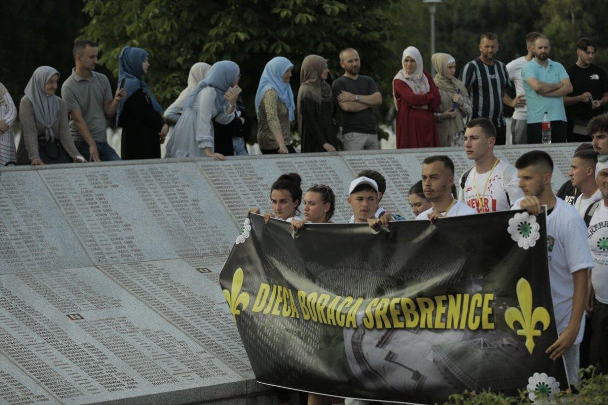 Binlerce Boşnak ın hayatları için çıktığı  ölüm yolu nda 26 yıl sonra  Barış Yürüyüşü  #12