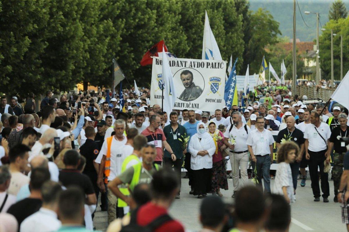 Binlerce Boşnak ın hayatları için çıktığı  ölüm yolu nda 26 yıl sonra  Barış Yürüyüşü  #2