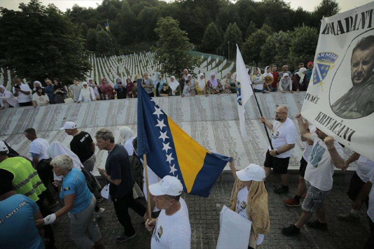 Binlerce Boşnak ın hayatları için çıktığı  ölüm yolu nda 26 yıl sonra  Barış Yürüyüşü  #11