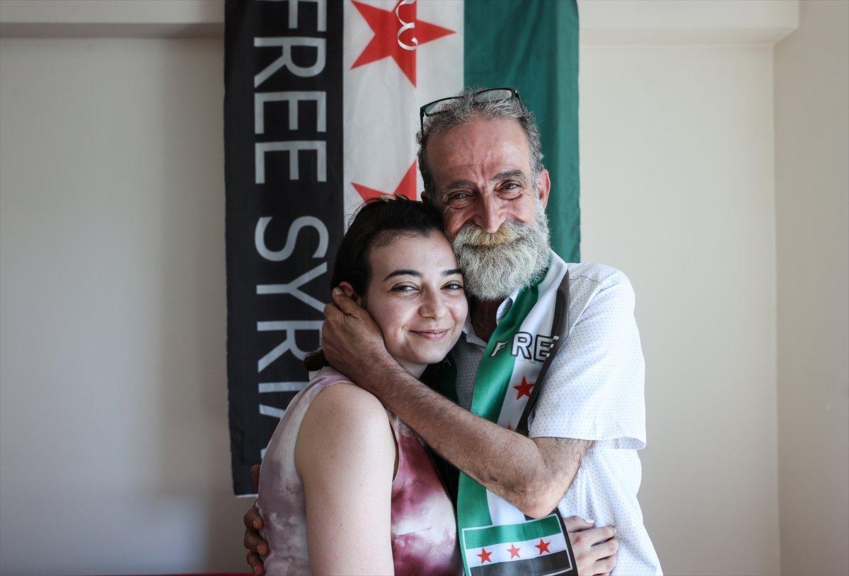 Suriyeli baba ile kızı 12 yıl aradan sonra İstanbul da kavuştu #2