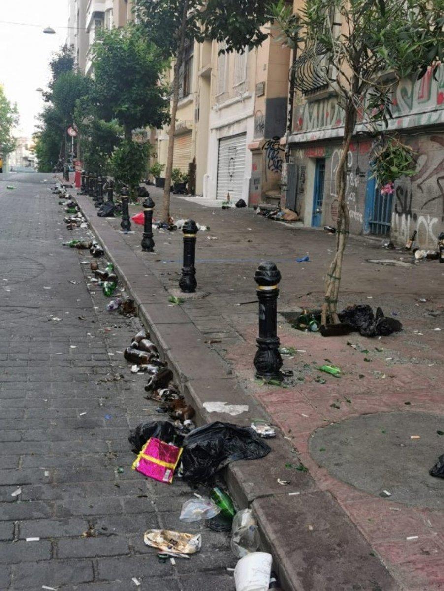 Kadıköy den sonra Cihangir de de toplanan kalabalık taşkınlık çıkardı #3