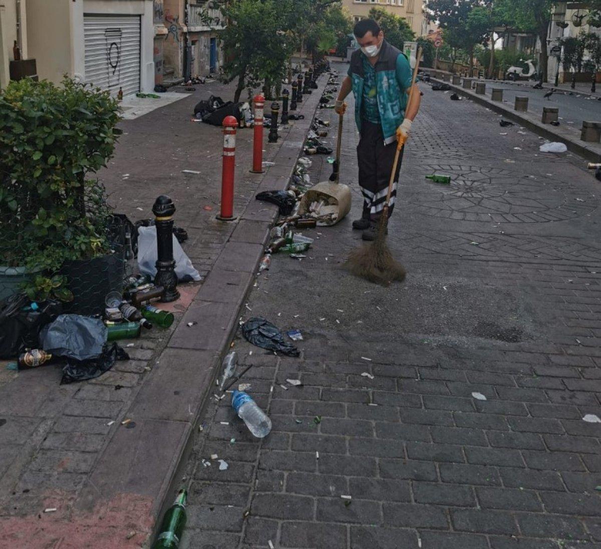 Kadıköy den sonra Cihangir de de toplanan kalabalık taşkınlık çıkardı #2