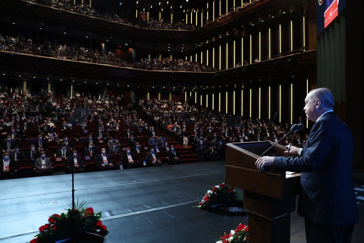 Cumhurbaşkanı Erdoğan,  Türkiye Gençlik Zirvesi  programına katıldı #3