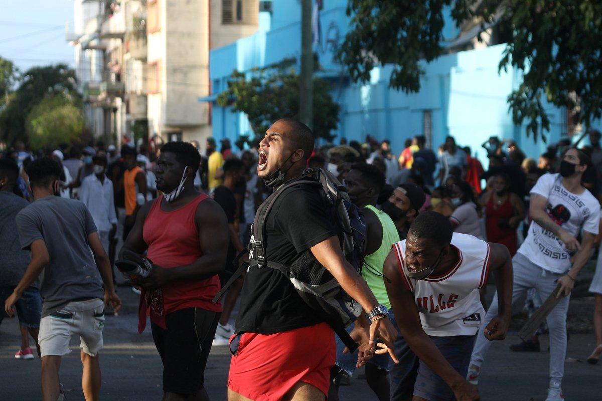 Küba yönetimi: Devrimi teslim etmeyeceğiz #6