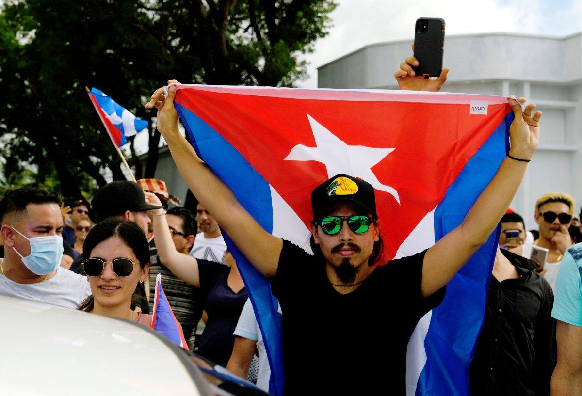 Küba yönetimi: Devrimi teslim etmeyeceğiz #11
