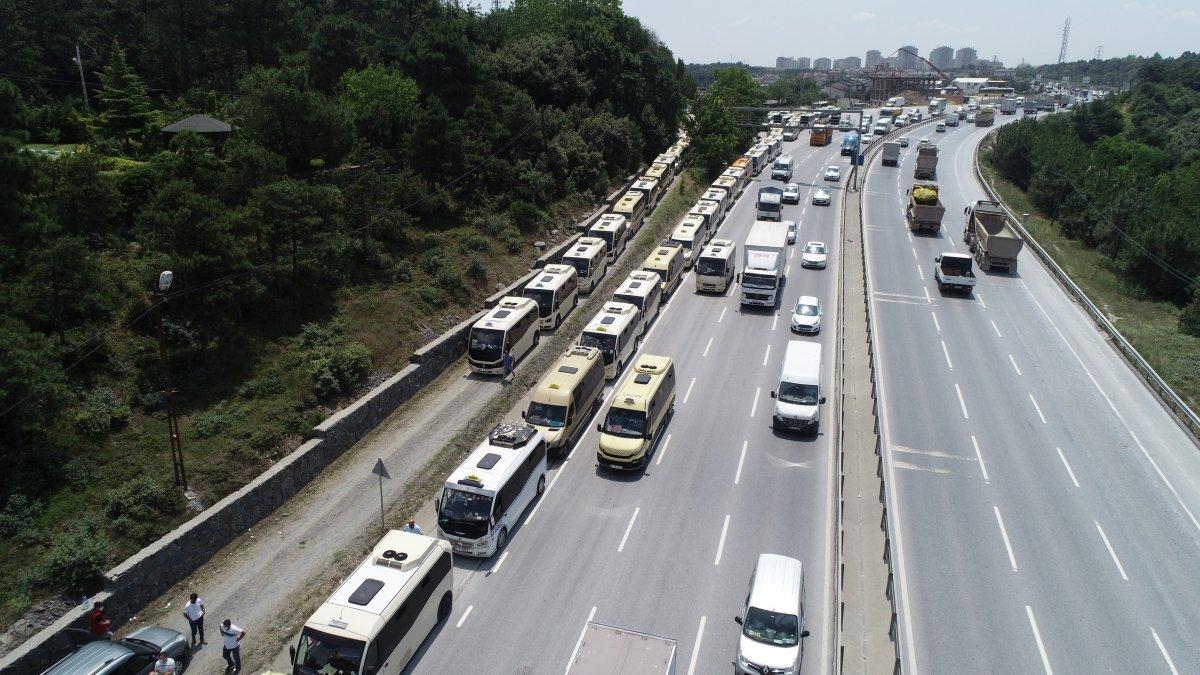İstanbul da minibüsçülerden  kahyalık sistemine  karşı eylem  #3