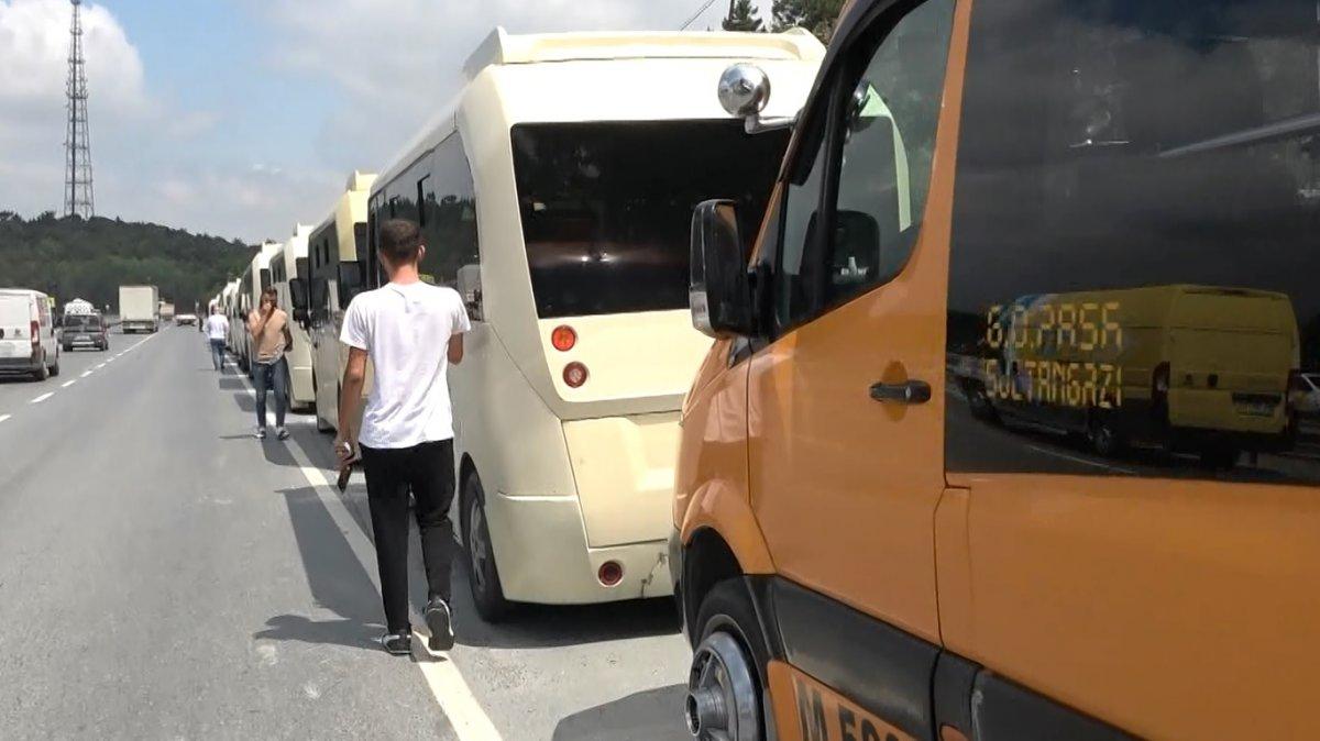 İstanbul da minibüsçülerden  kahyalık sistemine  karşı eylem  #2