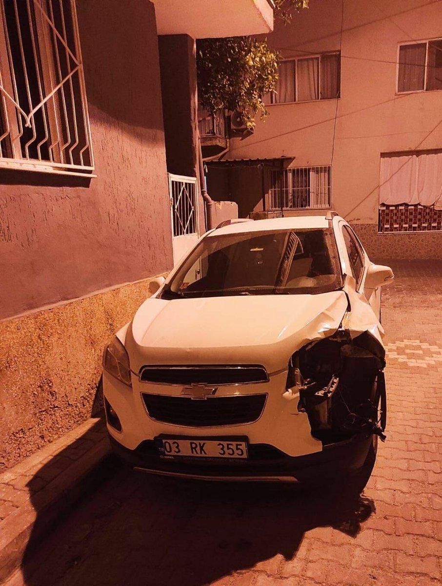 İzmir de 16 yaşındaki kızı kazada öldüren sürücü, canlı yayın yaptı #3