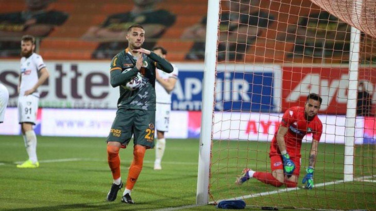 Galatasaray da hedef Berkan Kutlu #1