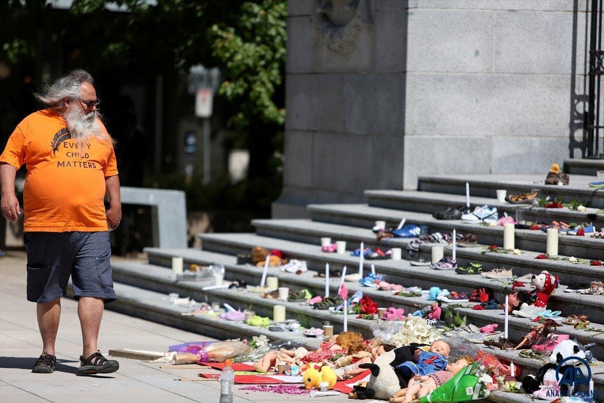 Kanada da 160'dan fazla isimsiz çocuk mezarı bulundu #2
