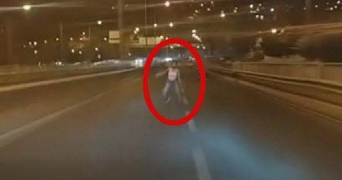 İzmir de 16 yaşındaki kızı kazada öldüren sürücü, canlı yayın yaptı #1