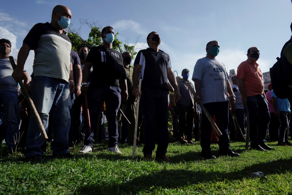 Küba da hükümeti protesto edenler gözaltına alındı #6
