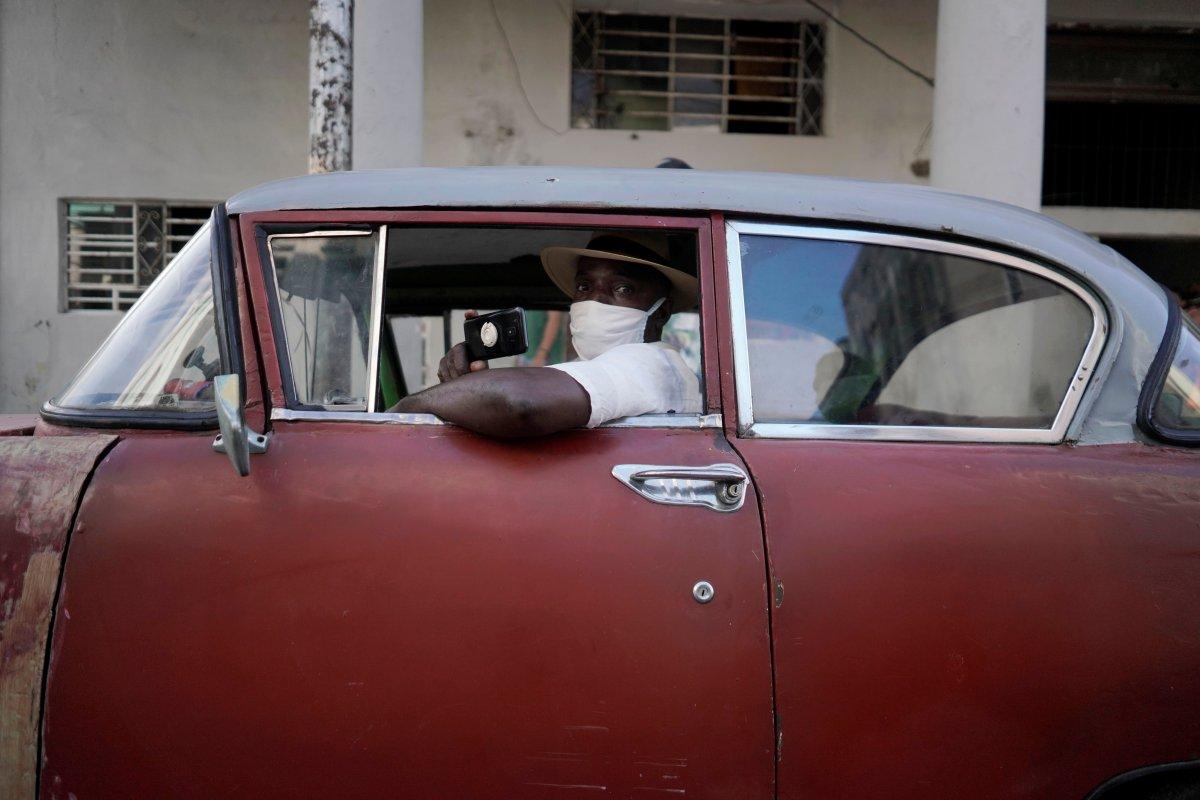 Küba da hükümeti protesto edenler gözaltına alındı #8