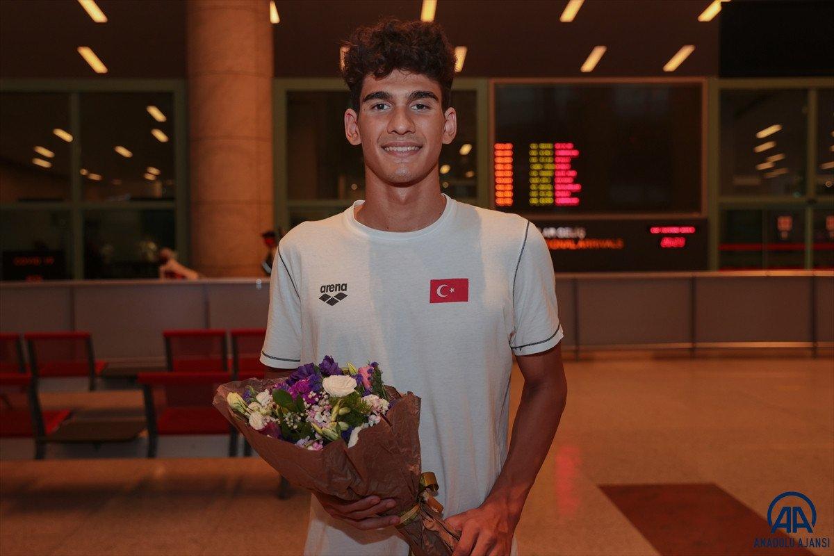 Avrupa Gençler Yüzme Şampiyonası nda 15 madalya kazanan milli takım yurda döndü #5