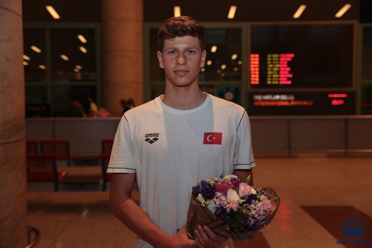 Avrupa Gençler Yüzme Şampiyonası nda 15 madalya kazanan milli takım yurda döndü #2