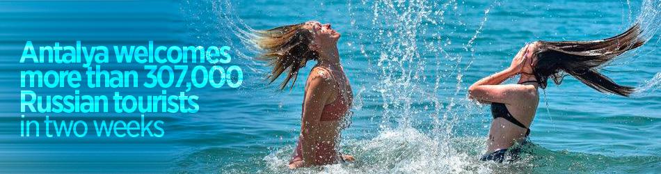 Antalya'yı iki haftada 307.000'den fazla Rus turist ziyaret etti