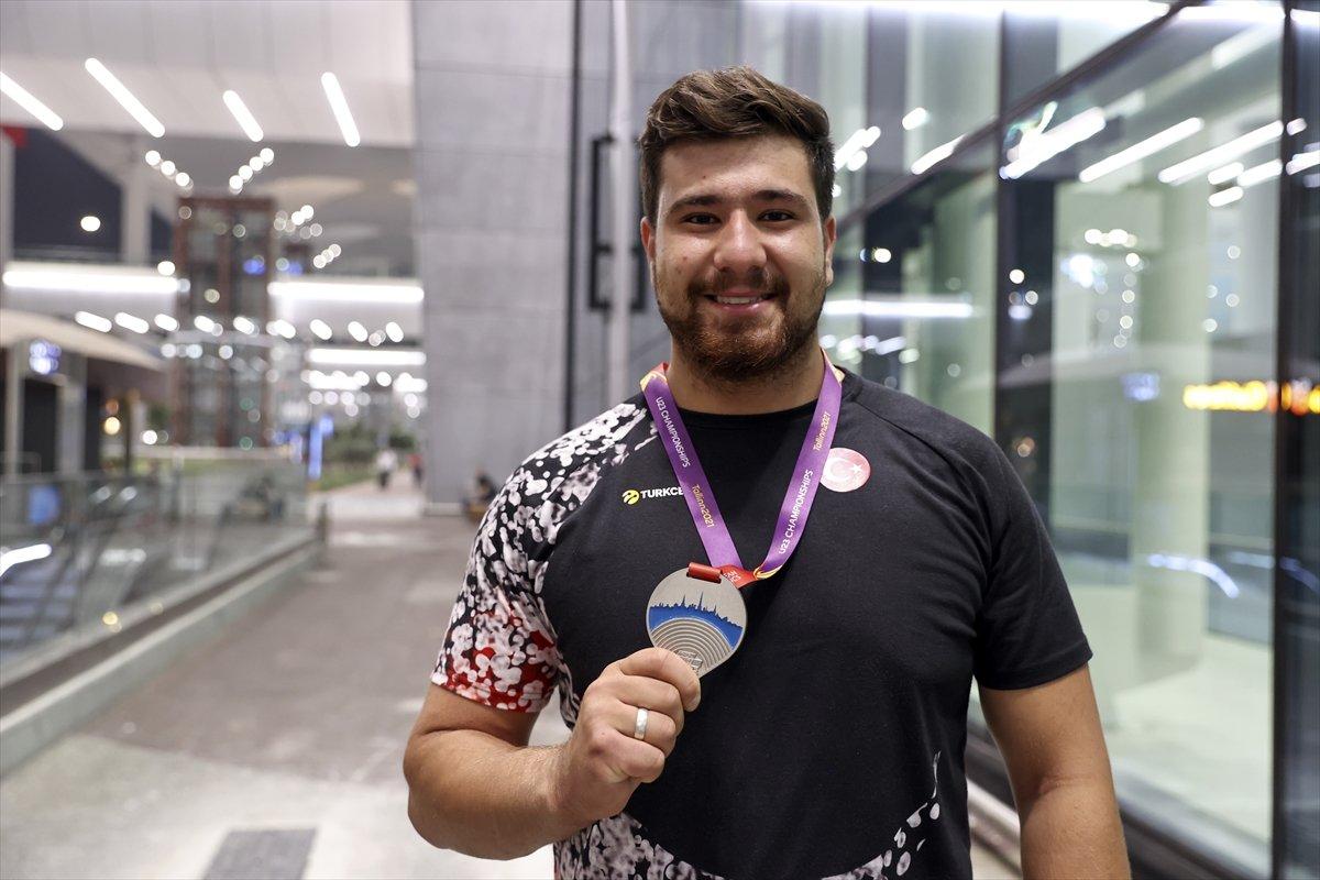 Avrupa 23 Yaş Altı Atletizm Şampiyonası nda madalya kazanan milli sporcular yurda döndü #6