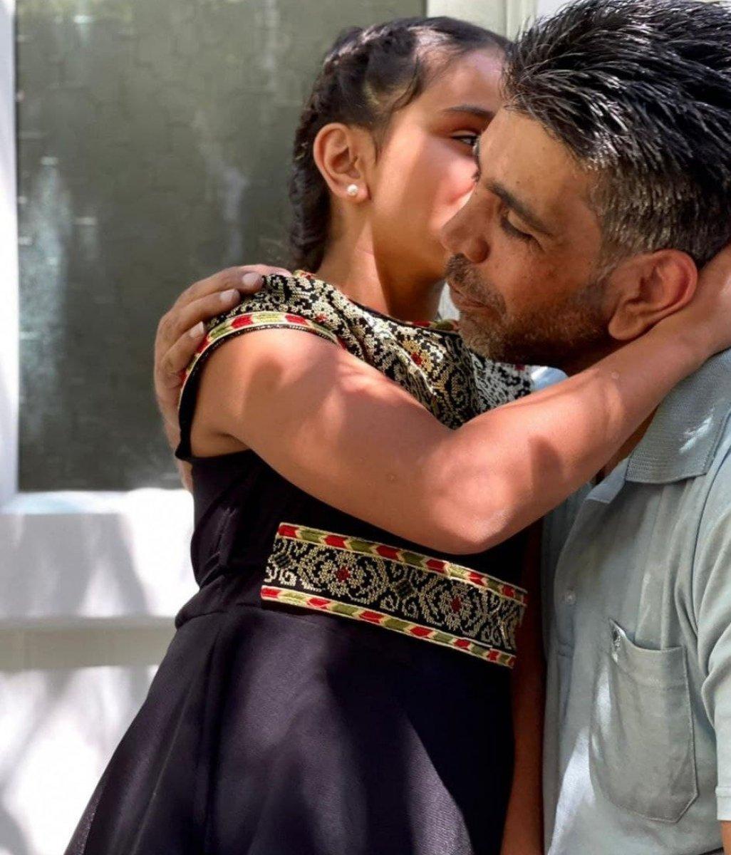 Filistinli baba ile kızı 8 yıl sonra kavuştu  #2