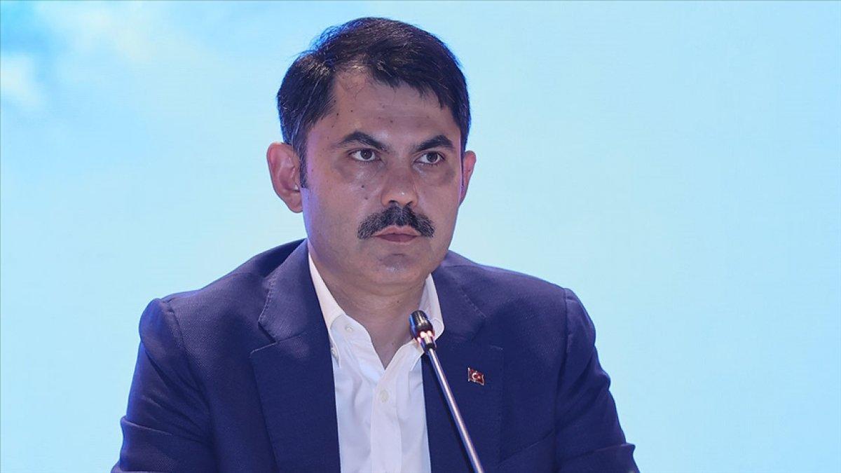 Murat Kurum: Marmara da ilk 20 metrede artık müsilaja rastlanmıyor #1