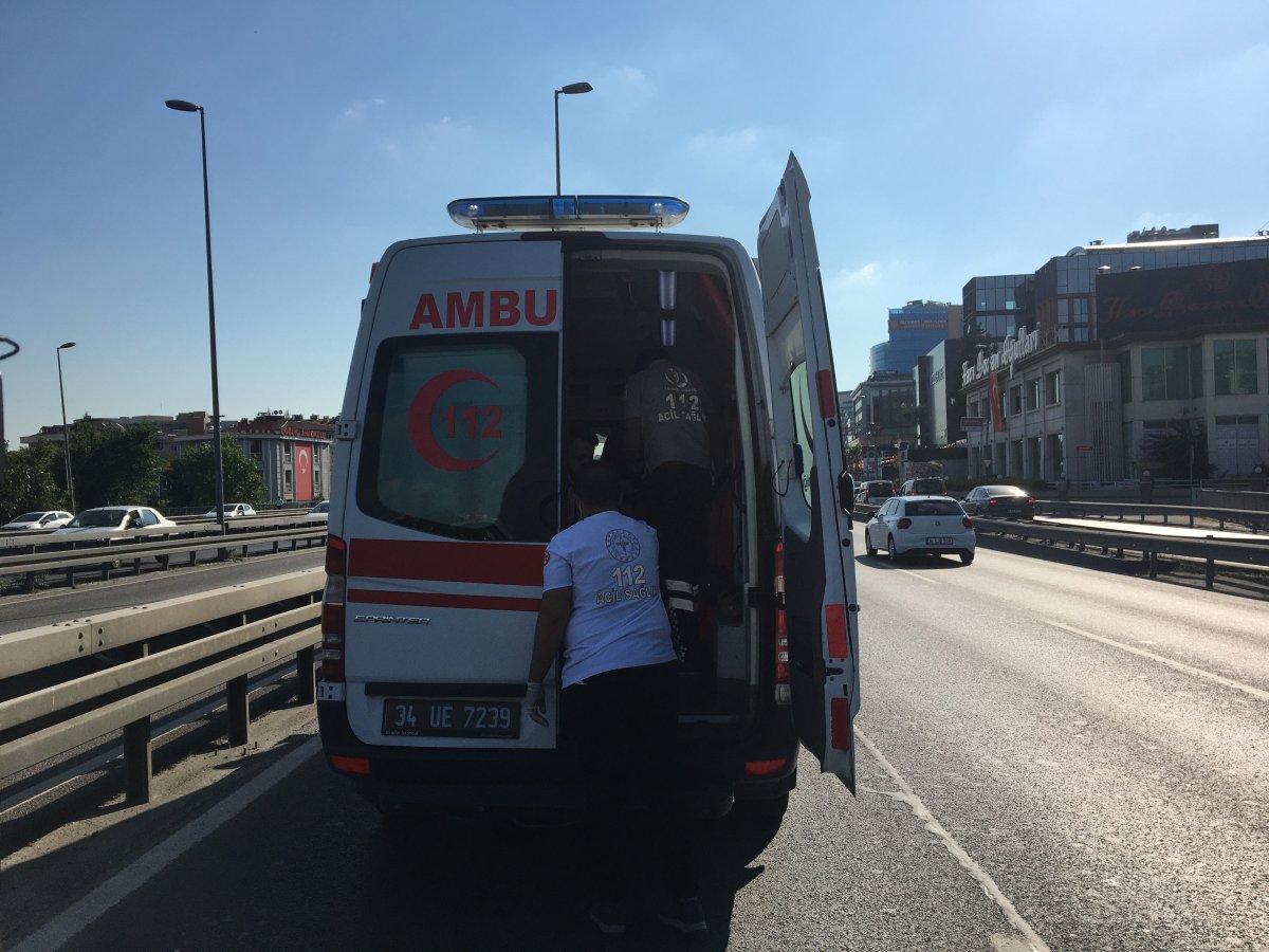 Belçika'dan İstanbul'a bir günlüğüne geldi, kiraladığı araçla kaza yaptı #1