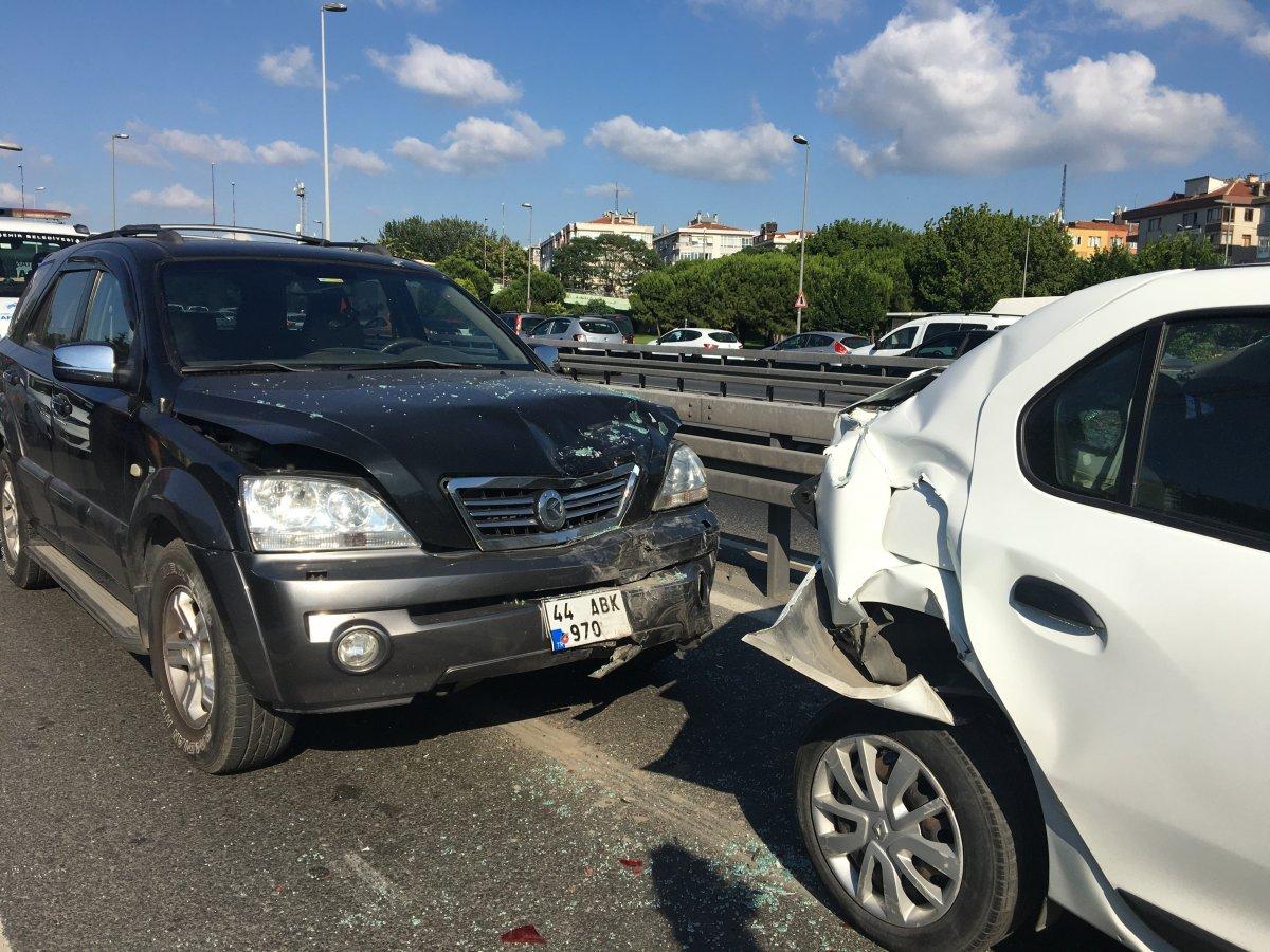Belçika'dan İstanbul'a bir günlüğüne geldi, kiraladığı araçla kaza yaptı #2