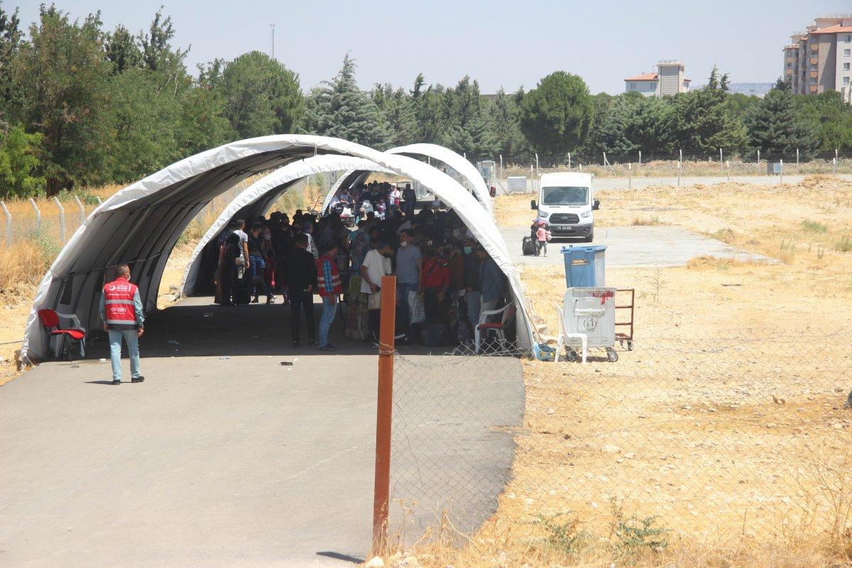 9 günde 18 bin Suriyeli ülkesine döndü  #2