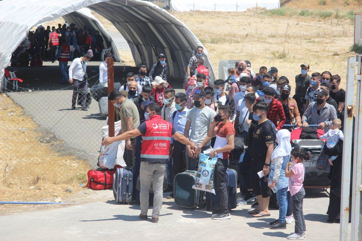 9 günde 18 bin Suriyeli ülkesine döndü  #1