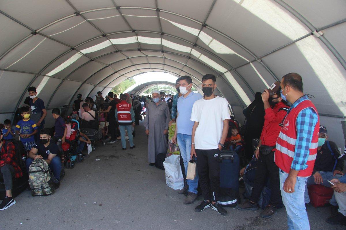 9 günde 18 bin Suriyeli ülkesine döndü  #4