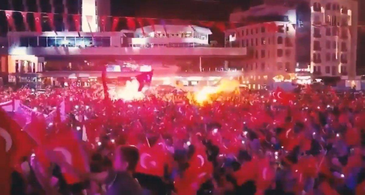 AK Parti den duygulandıran 15 Temmuz klibi #2