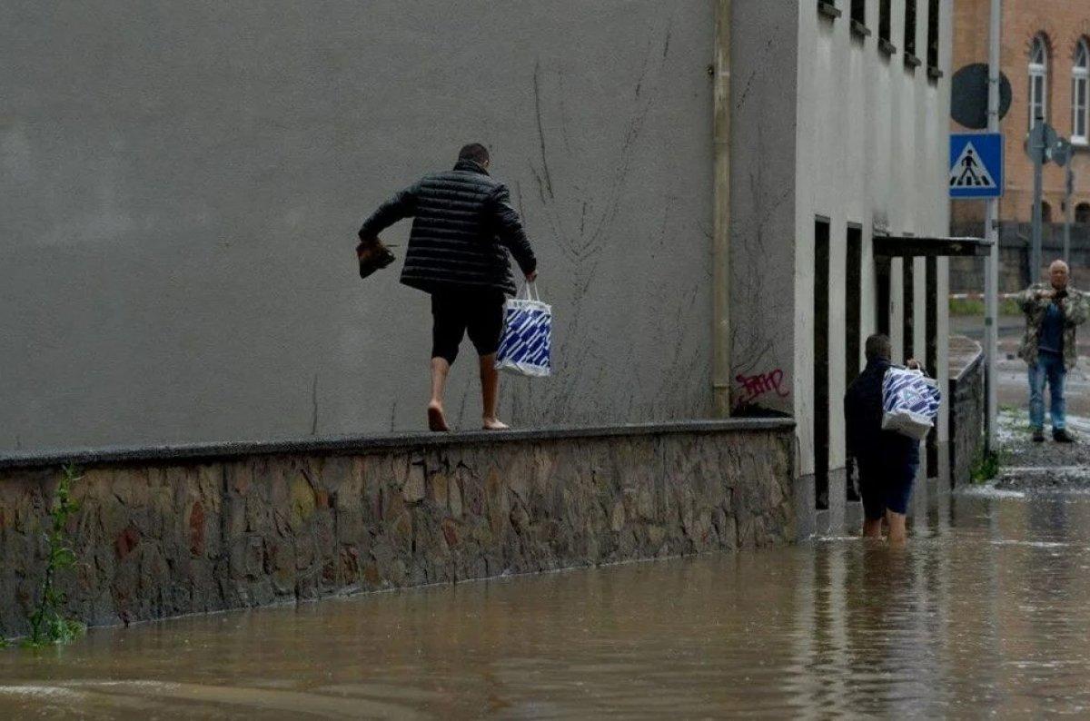 Almanya'da sel felaketi: 59 ölü #6
