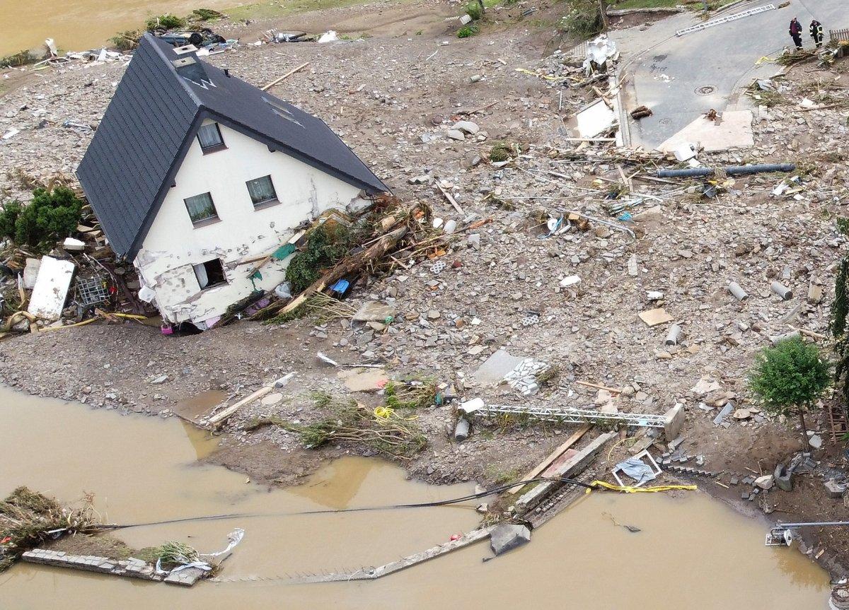 Almanya'da sel felaketi: 59 ölü #16