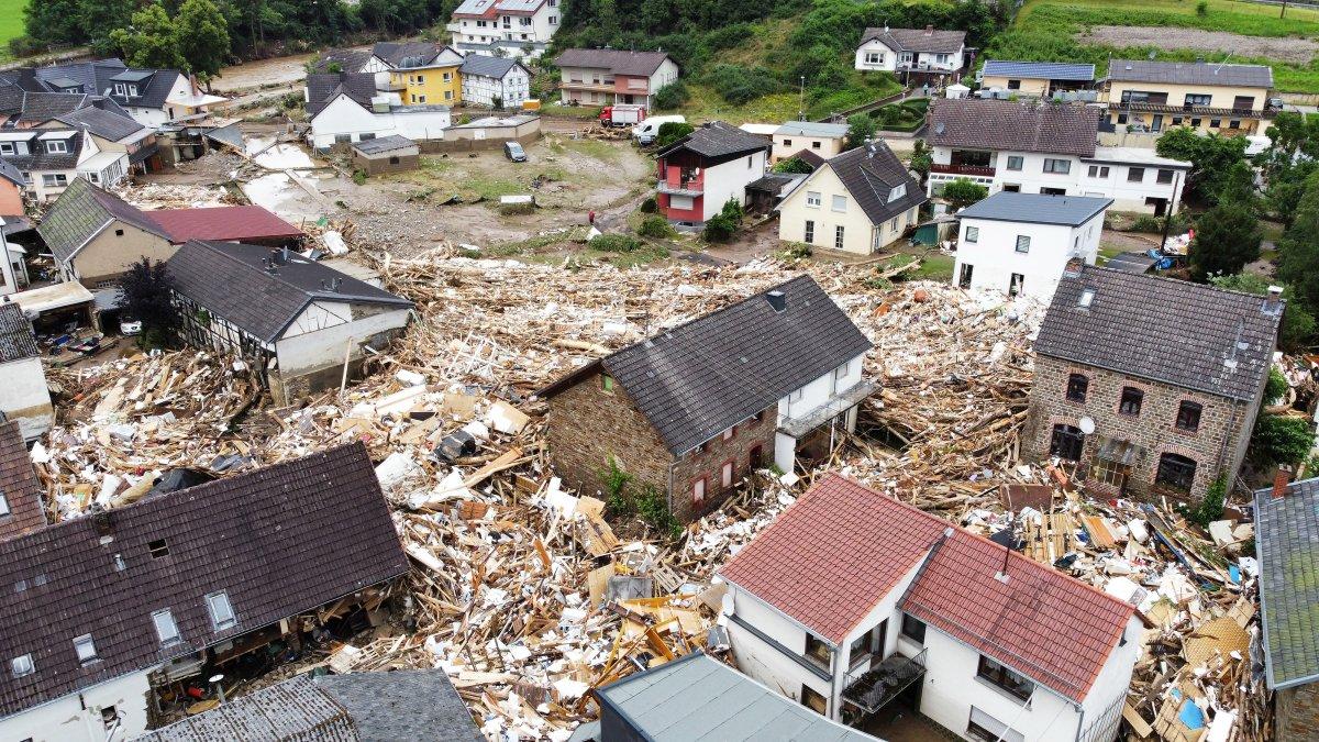 Almanya'da sel felaketi: 59 ölü #17