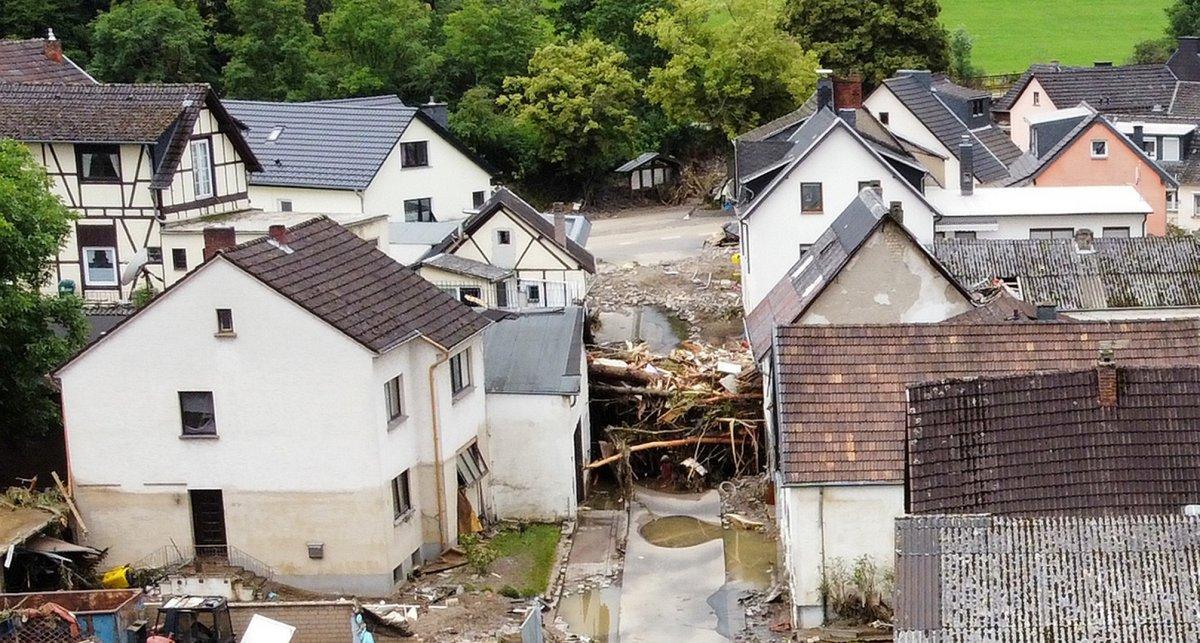Almanya'da sel felaketi: 59 ölü #15