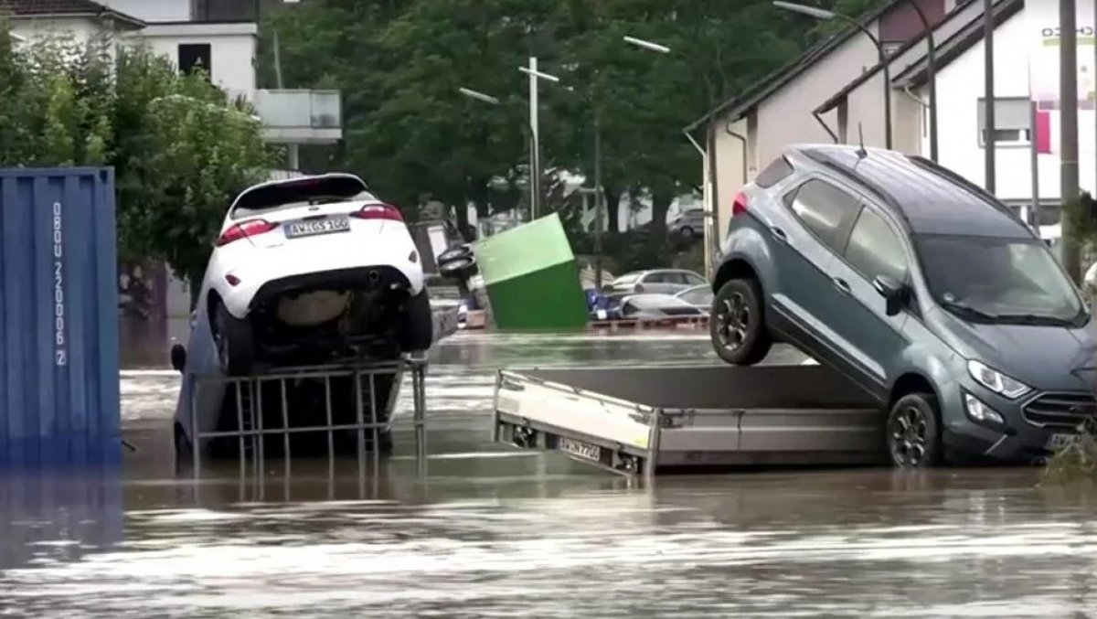 Almanya'da sel felaketi: 59 ölü #12
