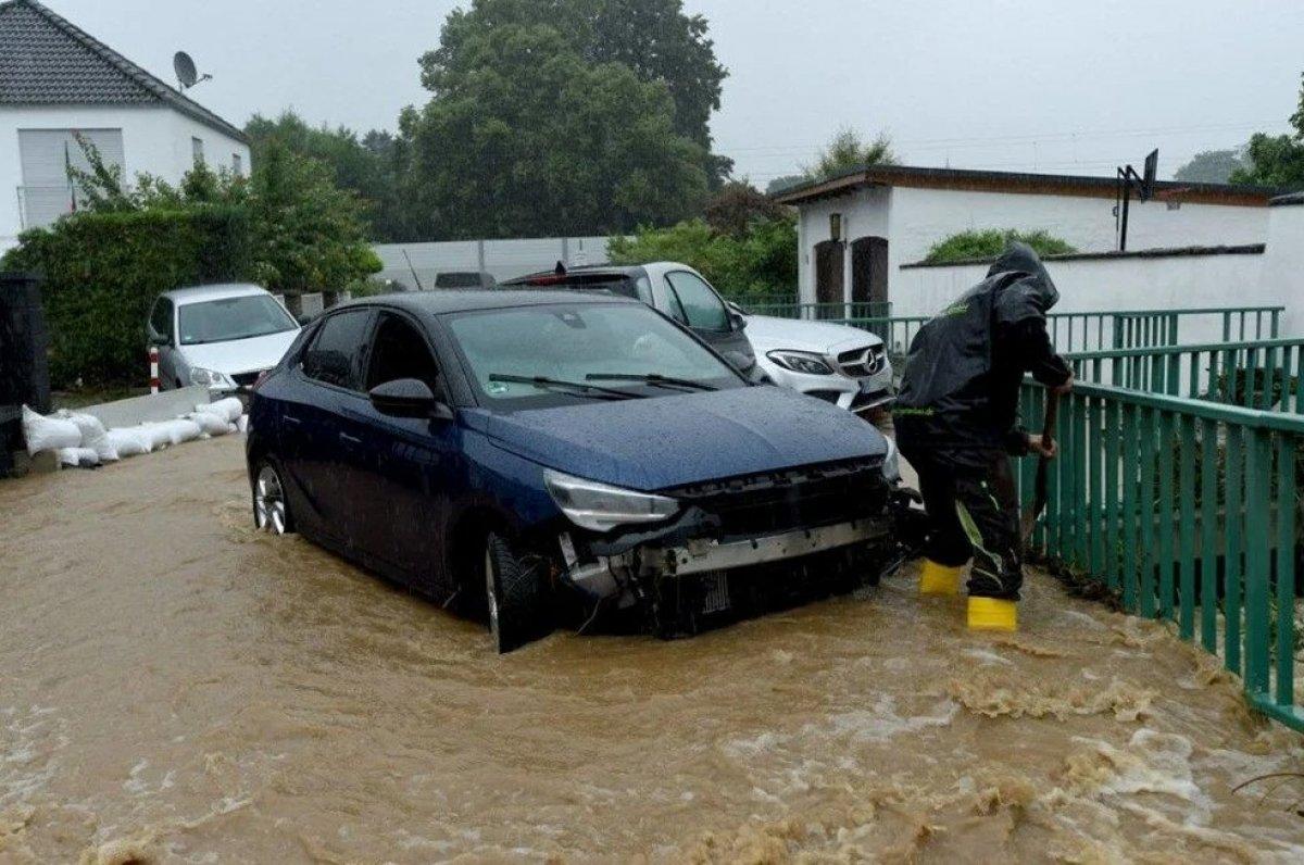 Almanya'da sel felaketi: 59 ölü #7