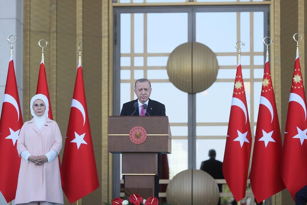 Cumhurbaşkanı Erdoğan: FETÖ cüler karşımıza dikilseydi şehadete yürüyecektim #1
