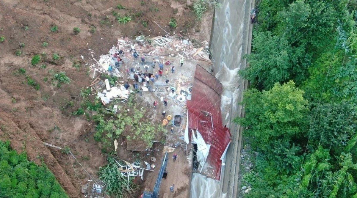 Rize de sel felaketi nedeniyle hayatını kaybedenlerin sayısı #5