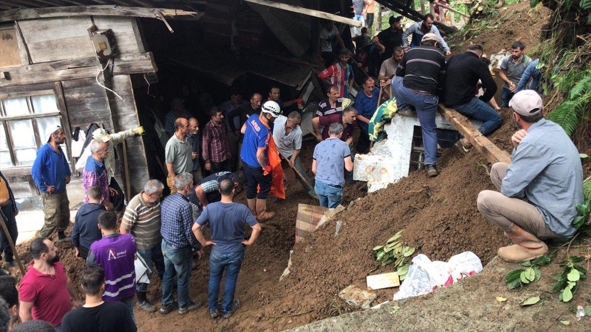 Rize de sel felaketi nedeniyle hayatını kaybedenlerin sayısı #12